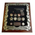 Панно с пистолетом Макарова и наградами СССР gt16-286