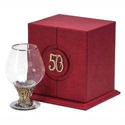"""Бокал """"50 лет"""" для бренди Богемия отделка """"Оптика"""" (в кожаном футляре) + в подарок DVD-открытка """"Ты родился!"""" 1969 год БББ-50лет-Оп-ОТР"""
