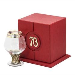 """Бокал """"70 лет"""" для бренди Богемия отделка """"Сеточка"""" (в кожаном футляре) + в подарок DVD-открытка """"Ты родился!"""" 1949 год БББ-70лет-ОТР"""